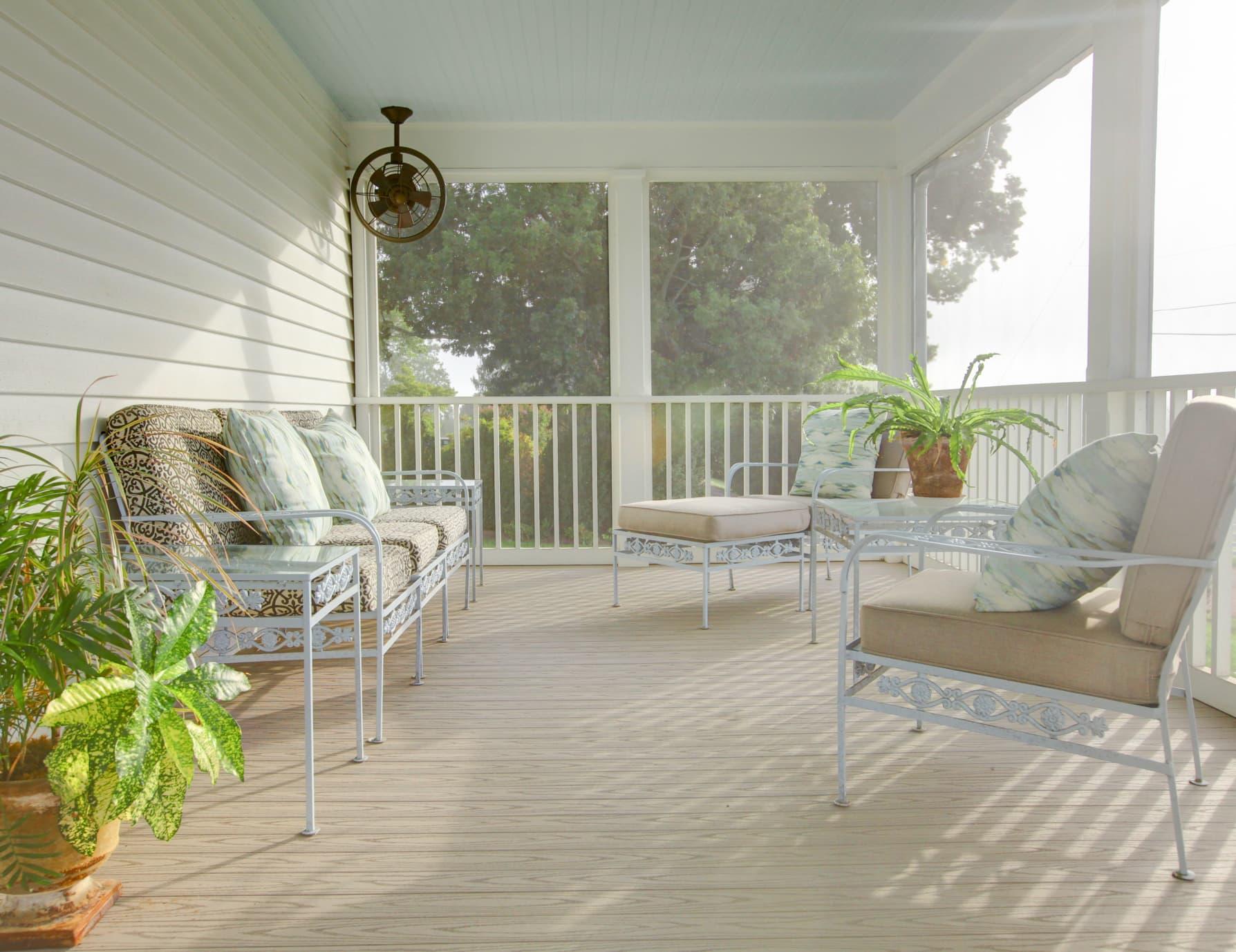 Front Porch at a Lexington Vacation Retnal
