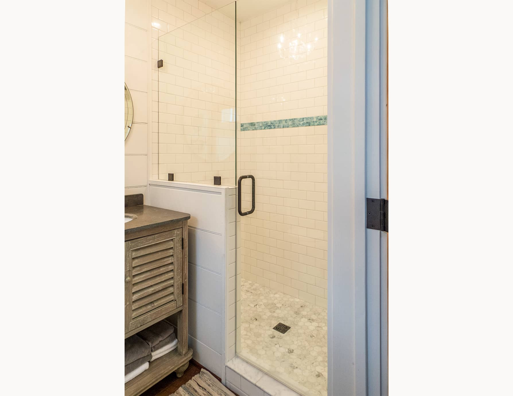 Vacation Rental Bathroom - Shenandoah Valley