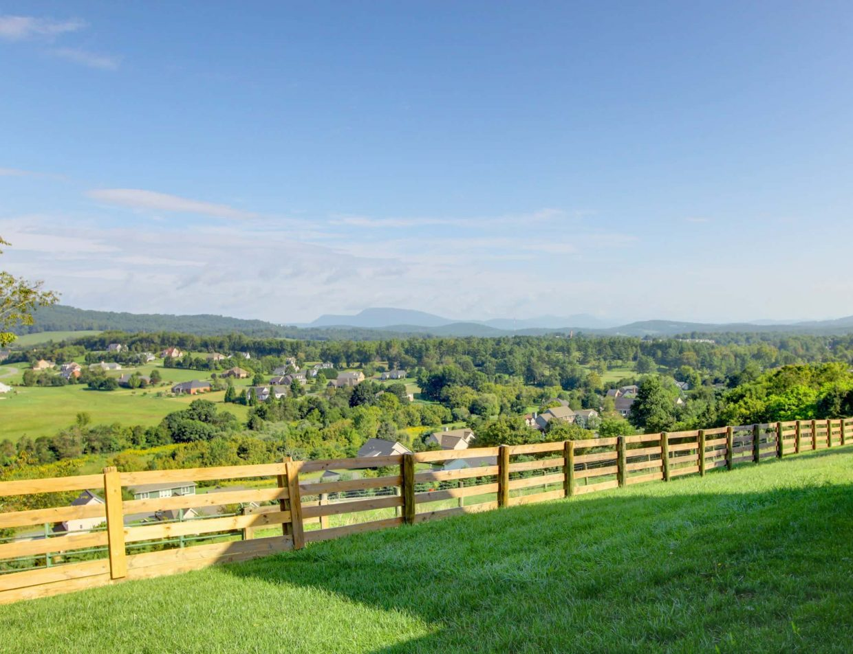Shenandoah Valley Bed and Breakfast - 17 Acres of Land